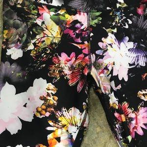 spalding Pants - Spalding vibrant floral workout pants sz L
